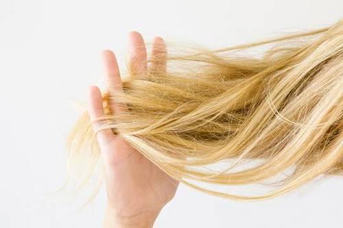 Что это за процедура: ламинирование волос? Каковы ее плюсы и минусы?